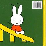 standaardboekje - nijntje in de speeltuin